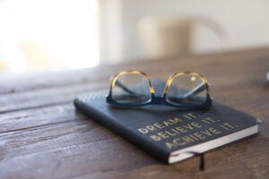 book_coaching_mythos_brille